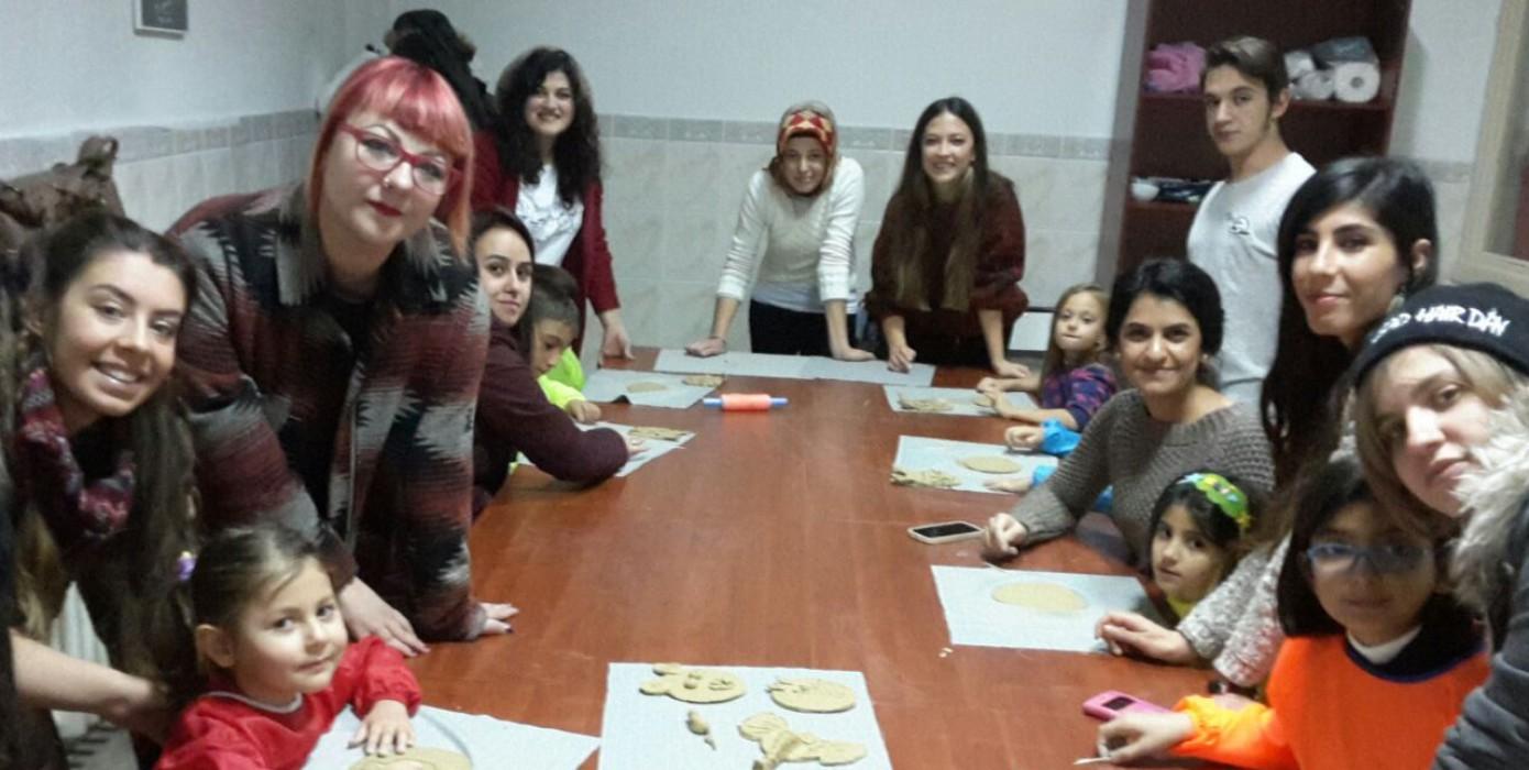 Dumlupınar Üniversitesi Okul Öncesi Öğrenciler İçin Seramik Atölye Çalışmaları Başlattı