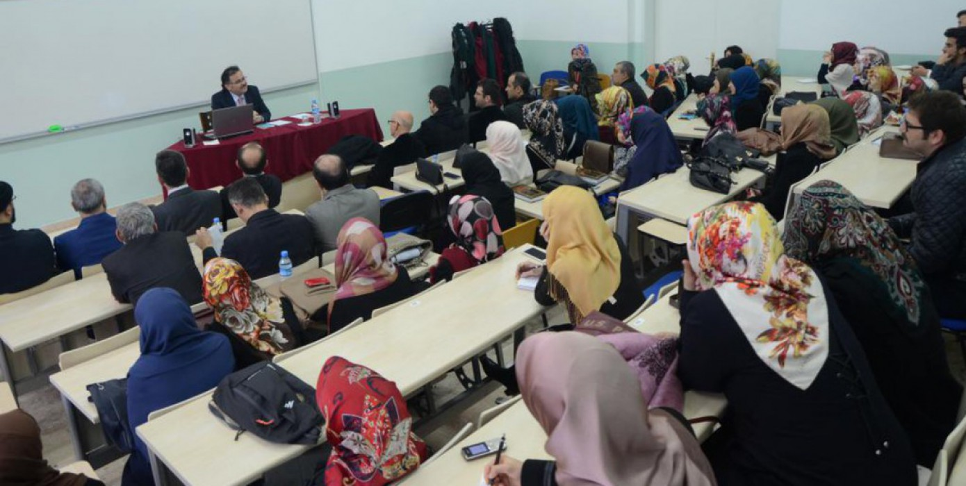 Kurucu Dekanımız Sayın Prof. Dr. Bilal Kemikli Konferans Verdi.
