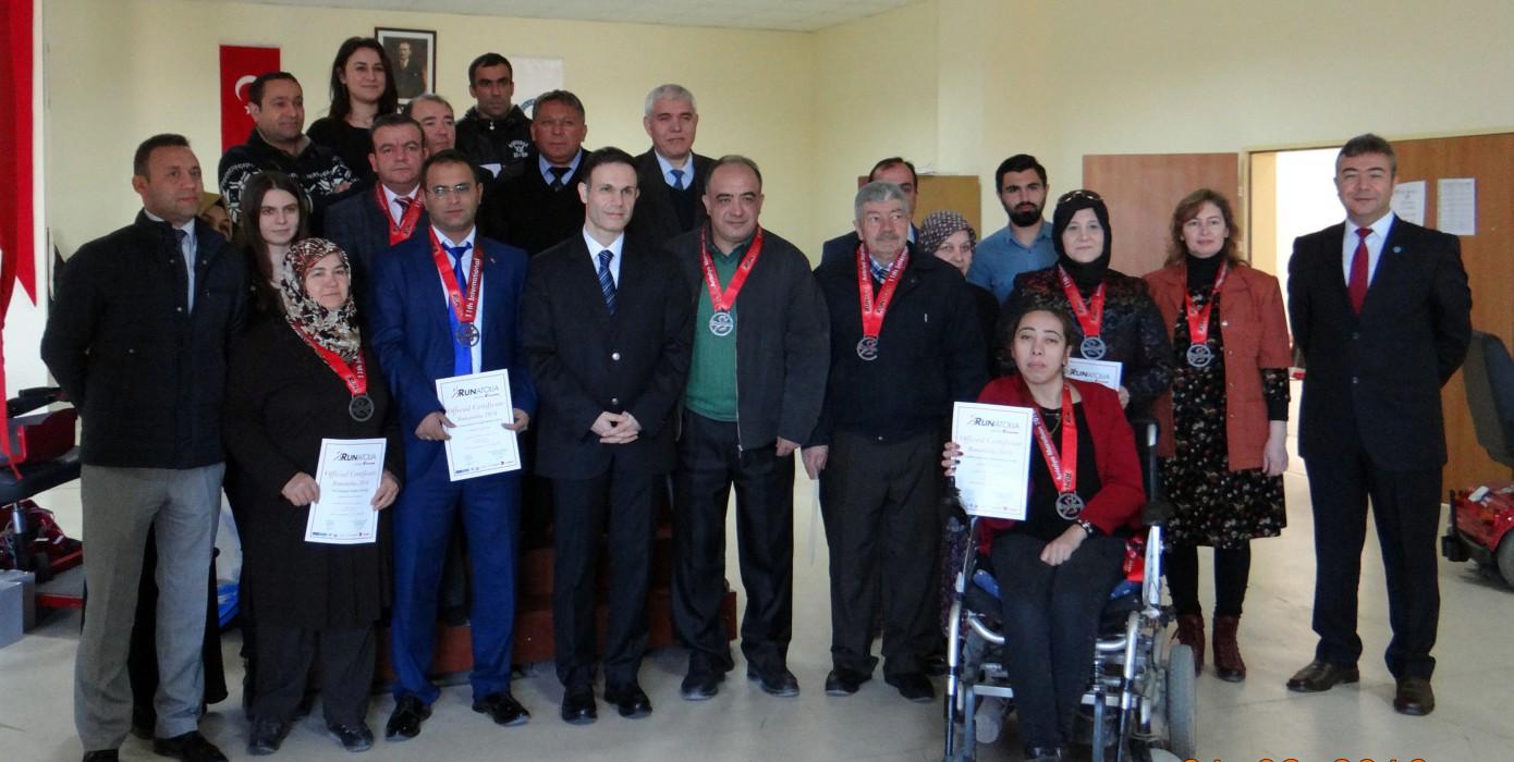 Dumlupınar Üniversitesi Antalya' da Engelliler İçin Koştu.