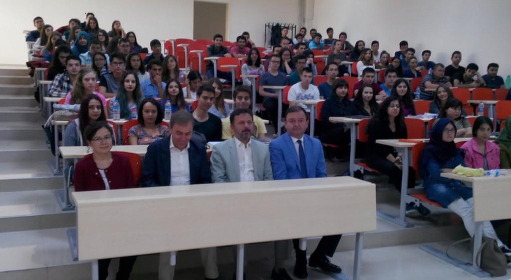 Tıp Fakültemizde Yeni Eğitim-Öğretim Yılı Açılış Dersi Gerçekleştirildi