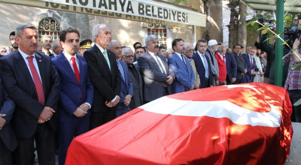 Kütahya'nın Nadide Sanatkârı Ahmet Yakupoğlu Son Yolculuğuna Uğurlandı