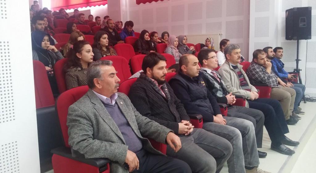 Emet Meslek Yüksekokulumuz Çanakkale Şehitlerini Ve Milli Şairimiz Mehmet Akif Ersoy'u Andı.