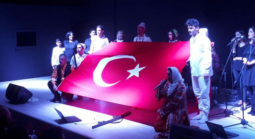 Domaniç Hayme Ana Meslek Yüksekokulumuzda Bir Destandır Çanakkale Konferansı ve Müzikali Düzenlendi.