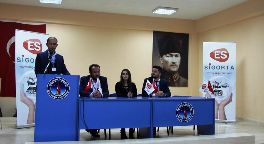 Gediz Meslek Yüksekokulumuzda Kariyer Planlama Günleri Kapsamında Türkiye'de Sigorta Sektörü Semineri Gerçekleştirildi