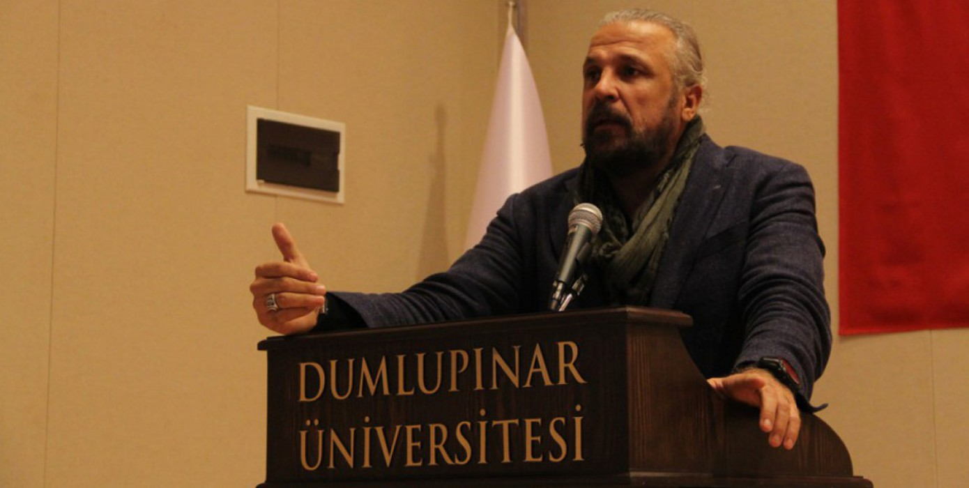 """""""Hedef Ülke Türkiye"""" Konulu Konferans Düzenlendi"""