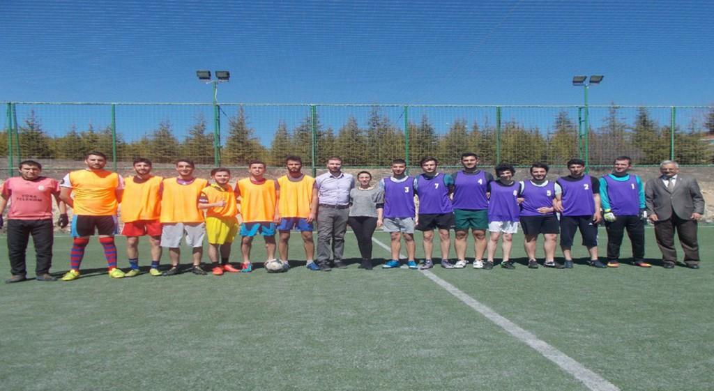 Domaniç Hayme Ana Bilim Kültür ve Sanat Topluluğundan Halı Saha Futbol Turnuvası