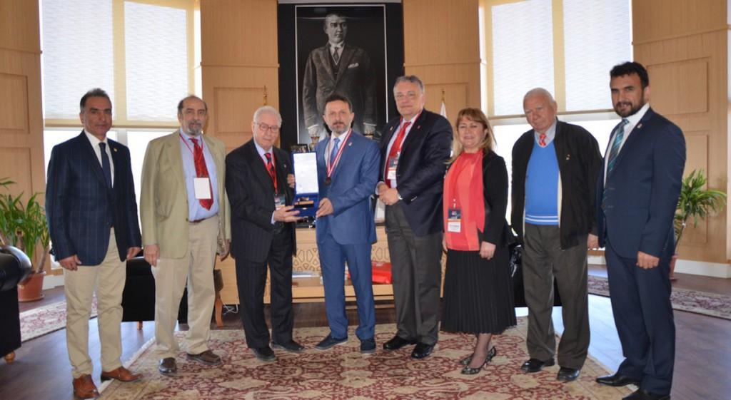 Türkiye Milli Olimpiyat Komitesi Rektörümüzü Ziyaret Etti