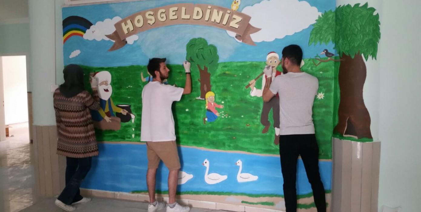 Anaokulu Dekoratif Duvar Bayoması Etkinliği