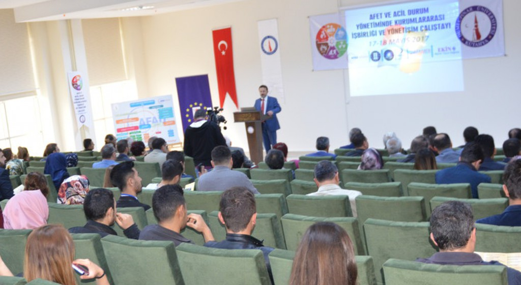 Afet ve Acil Durum Yönetiminde Kurumlar Arası İş Birliği ve Yönetişim Çalıştayı Düzenlendi