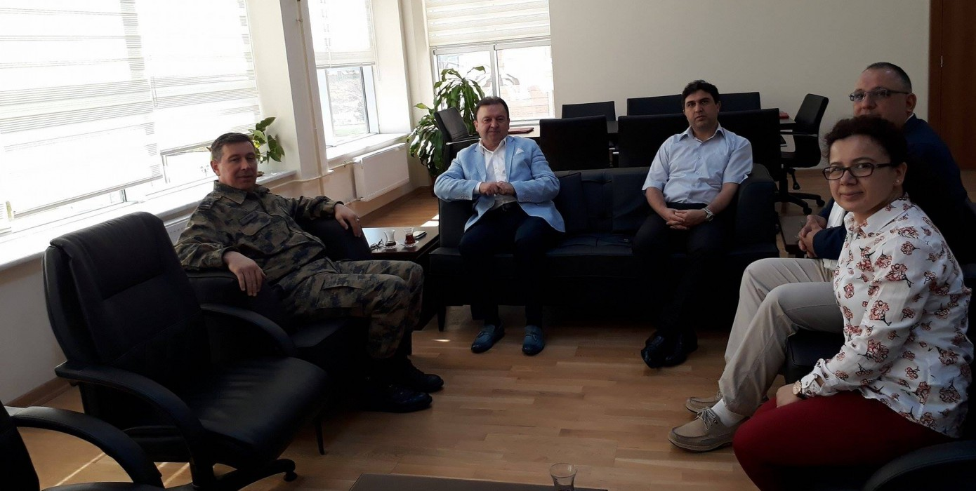 Kütahya Hava Er Eğitim Tugay ve Garnizon Komutanı Hv. P. Tuğg. Bülent Tatkan Fakülte'mizi Ziyaret Etti.