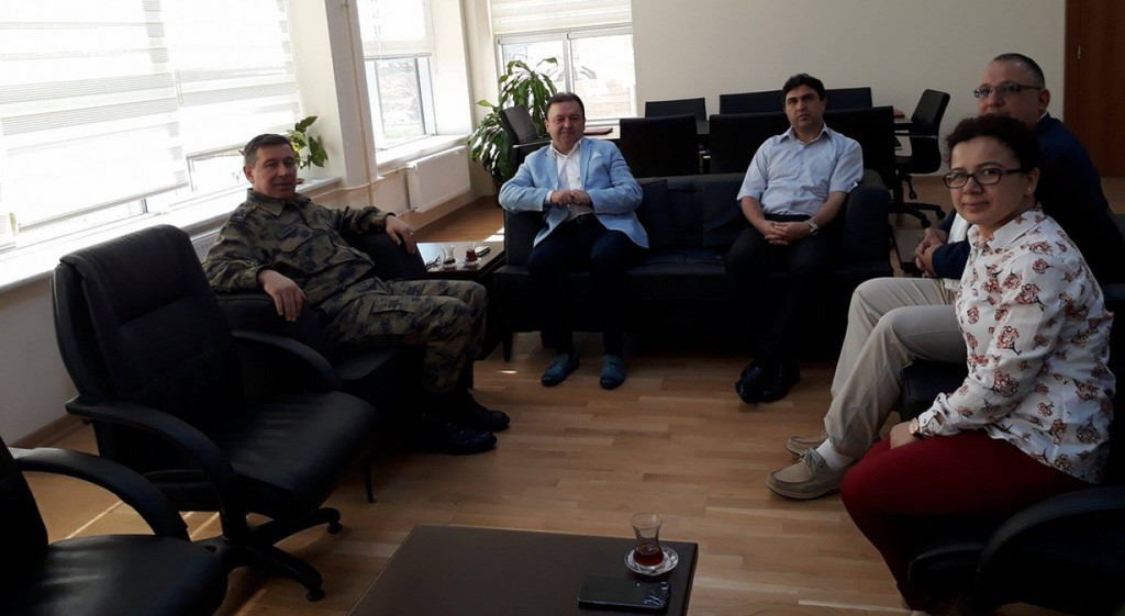 Kütahya Hava Er Eğitim Tugay ve Garnizon Komutanı Hv. P. Tuğg. Bülent Tatkan Tıp Fakültemizi Ziyaret Etti