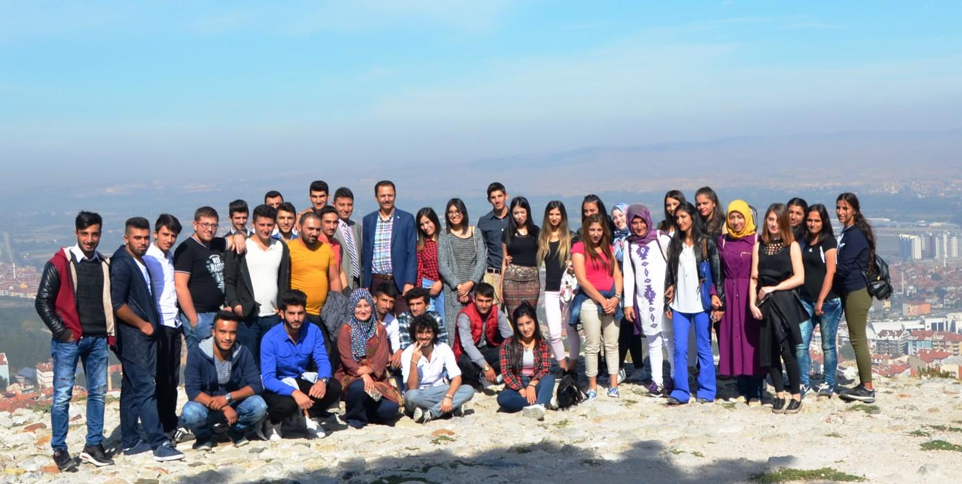 Okulumuz 1. Sınıf Öğrencilerine Oryantasyon Kapsamında Merkez Kampüs ve Kütahya Gezdirildi