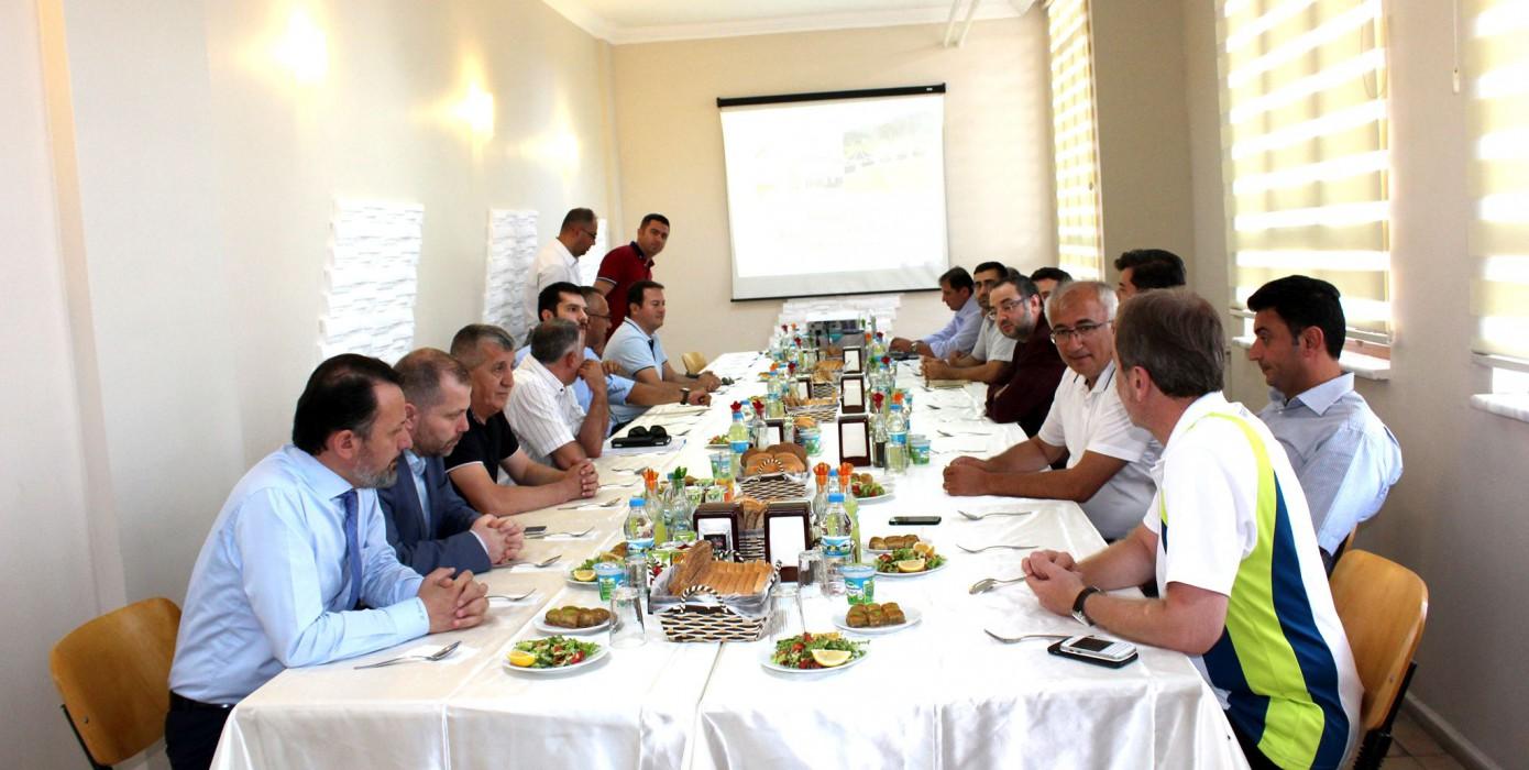 Uygulama Oteli ve Oba Projesi Taslak Halinin Tanıtım Toplantısı Yapıldı