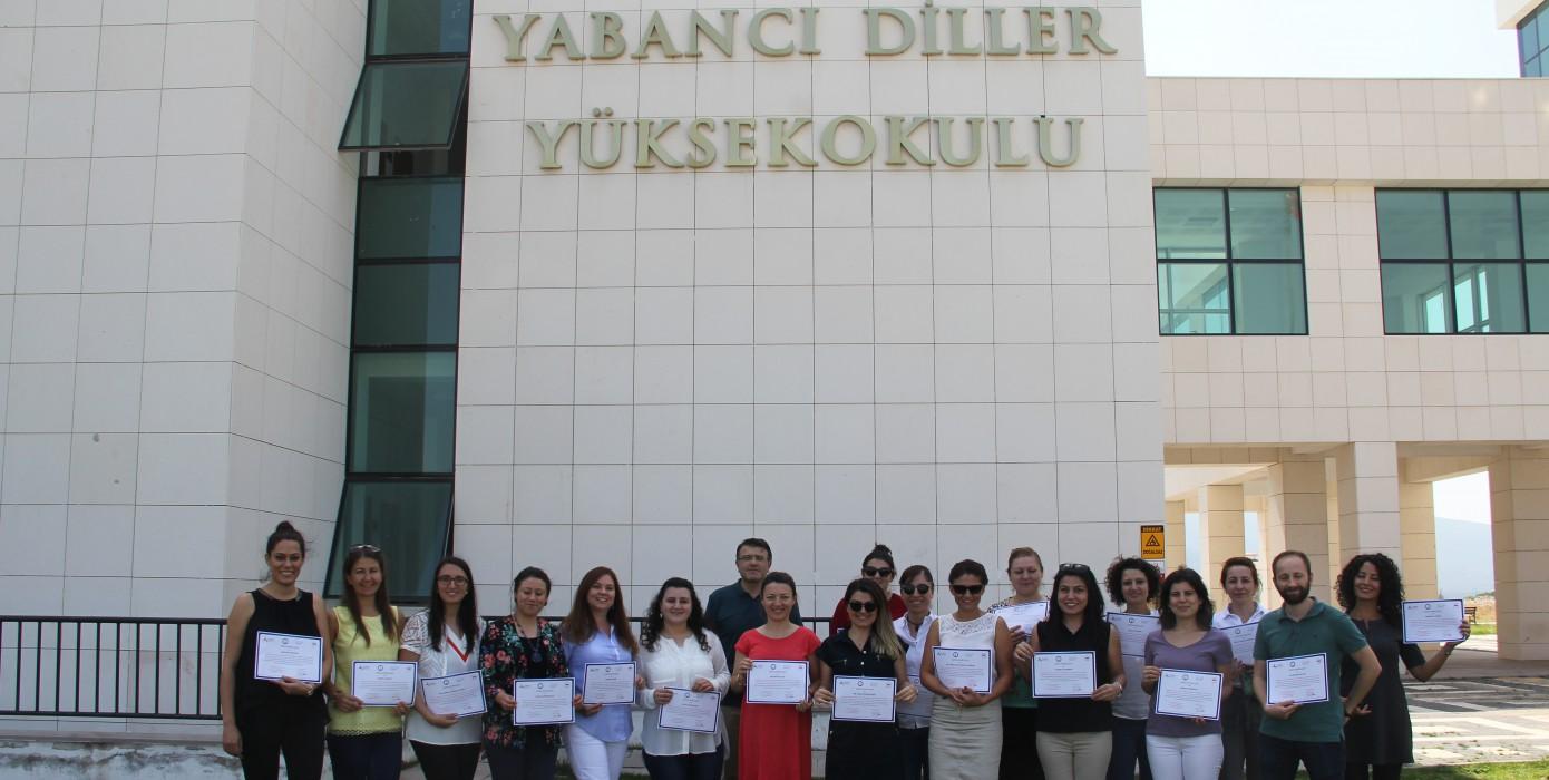 Yüksekokulumuz Yabancı Dil Okutmanlarına Öğrenci Koçluğu Eğitimi Verildi