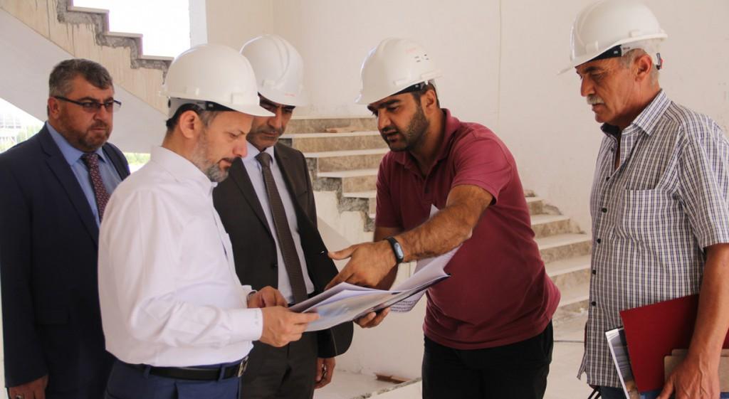 Rektörümüz Yeni İslami İlimler Fakültesi İnşaatında İncelemelerde Bulundu