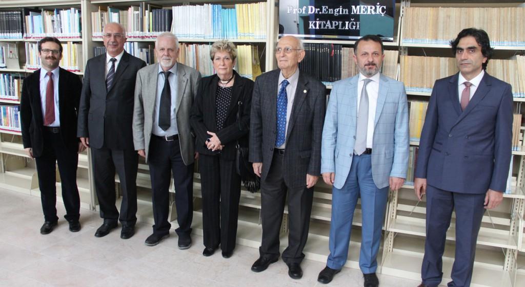 Prof. Dr. Engin Meriç'ten Kütüphanemize Anlamlı Bağış