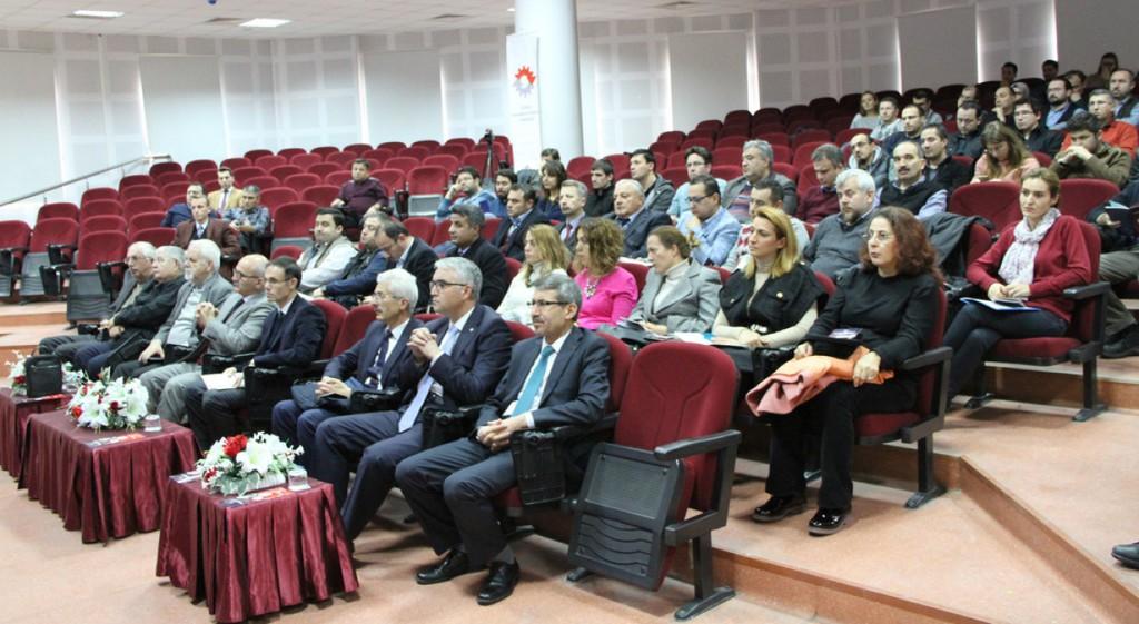Kamu-Üniversite-Sanayi İşbirliğinin Akademik Personele Sağlayacağı Fırsat ve Kazanımlar Paneli Gerçekleştirildi