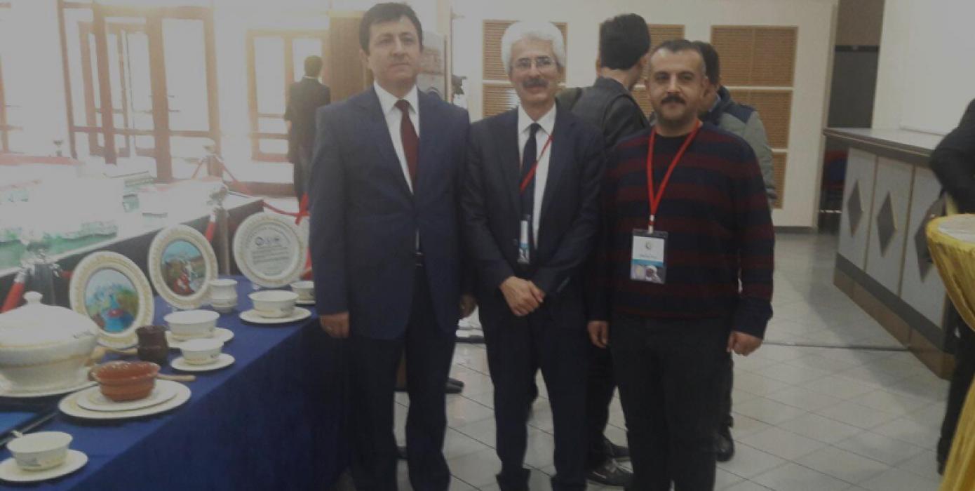 Dumlupınar Üniversitesi ve Ahmet Yesevi Üniversitesi İşbirliği ile Gerçekleştirilen Çini ve Seramik Sempozyumunda Kalevani Sergilendi