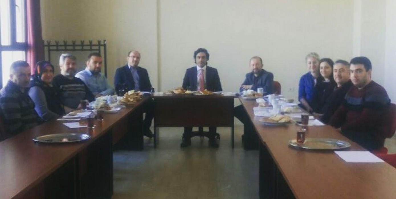 Fakültemiz İdari Personeli Dekanımız Sayın Prof. Dr. Halis Aydemir'ın Katılımıyla Kahvaltıda Buluştu.