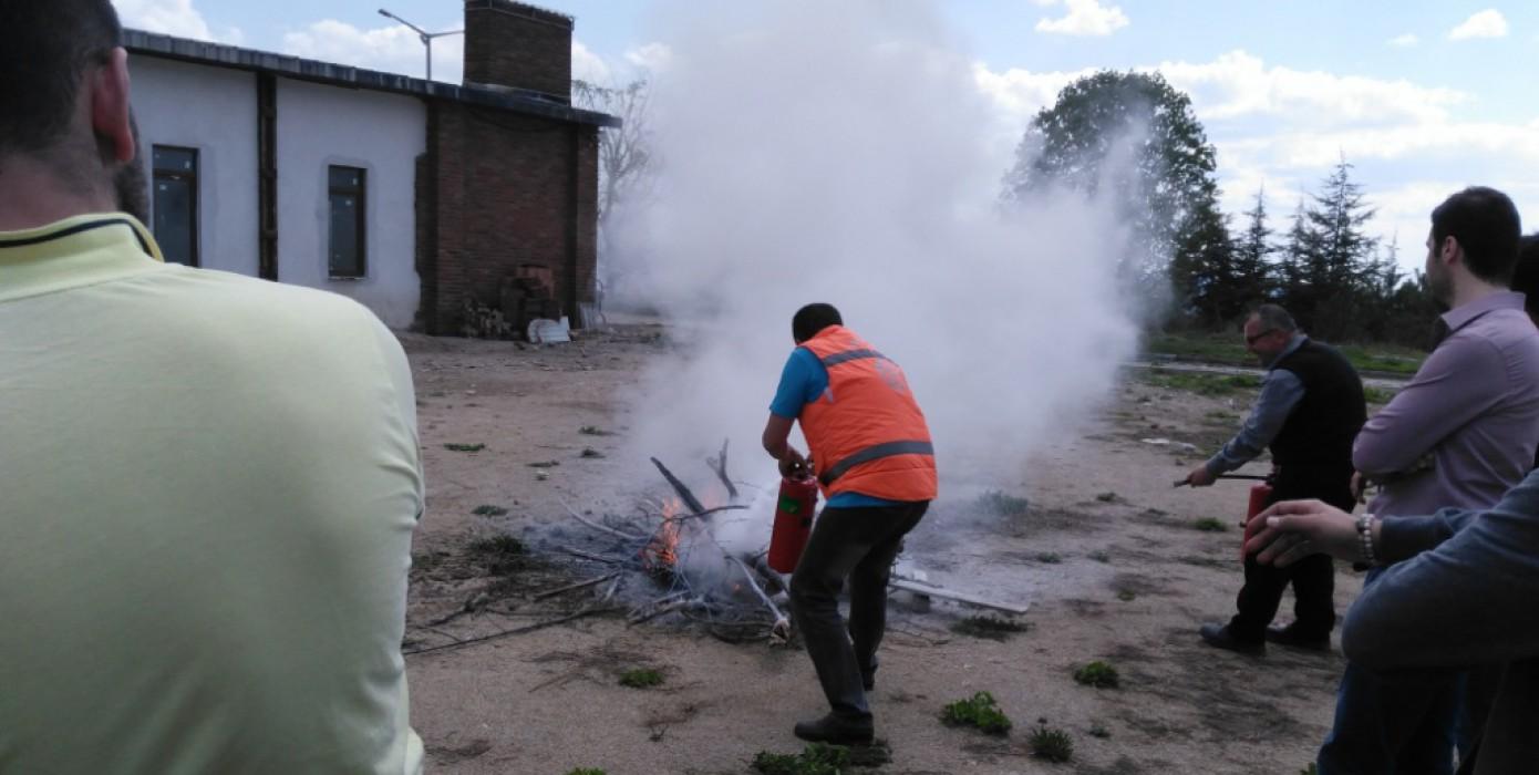 Domaniç Hayme Ana Myo'da Gerçek Gibi Yangın Tatbikatı