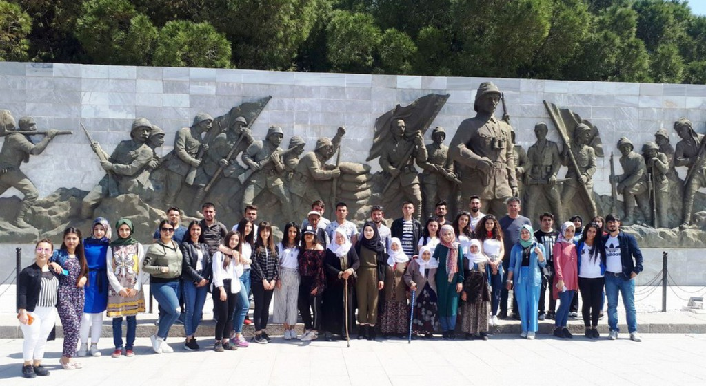 Üniversitemiz Şaphane Meslek Yüksekokulu Öğrencileri Çanakkale Gezisi Gerçekleştirdiler