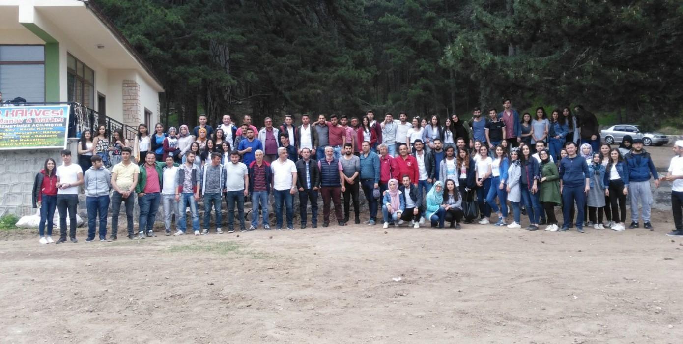 Meslek Yüksekokulumuz Öğrencileri Piknikte Buluştu