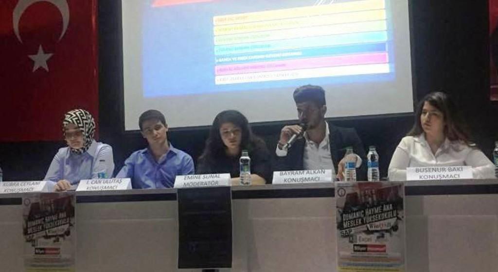 Üniversitemiz Domaniç Hayme Ana Meslek Yüksekokulu'nda Korsan Yazılım ve Siber Güvenlik, Öğrenci Paneli
