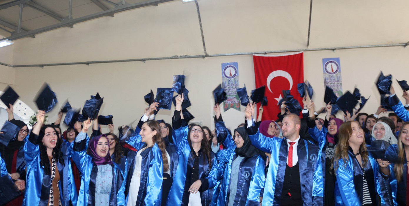 Pazarlar Meslek Yüksekokulu 2017-2018 Akademik Yılı Mezuniyet Töreni