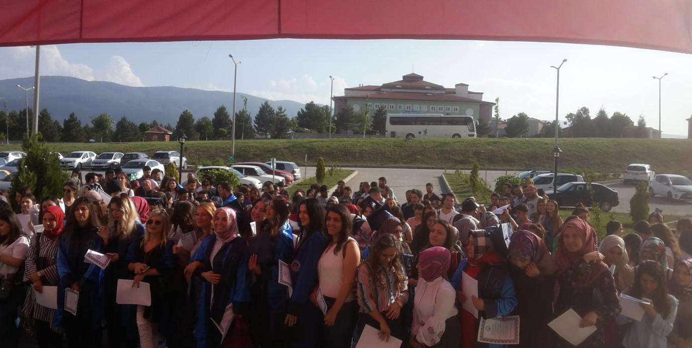 Pedagojik Formasyon Programı Öğrencilerinin Geleneksel Yemin Töreni