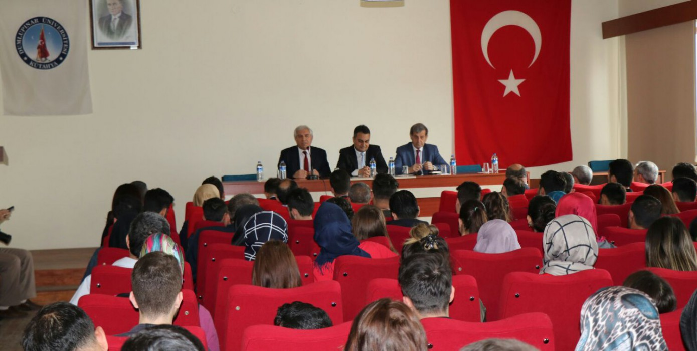 Meeting Of University Youth and Local Administrators