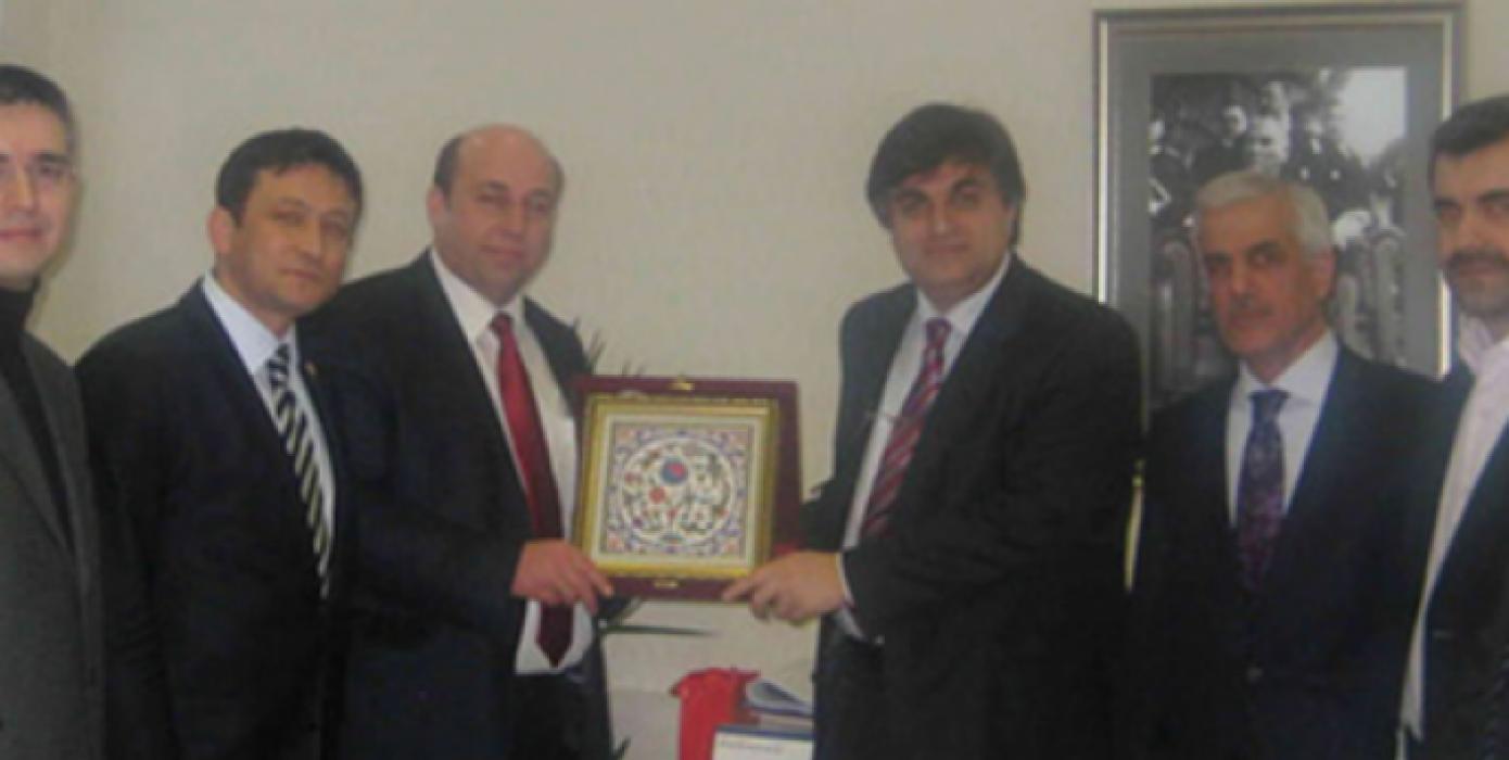 Dekanımız Prof. Dr. Muammer Gavas'ın, İzmir Milletvekili Sayın Hamza Dağ ve Simav Heyeti ile Beraber YÖK Başkanı Sayın Gökhan Çetinsaya'yı Ziyaretleri.