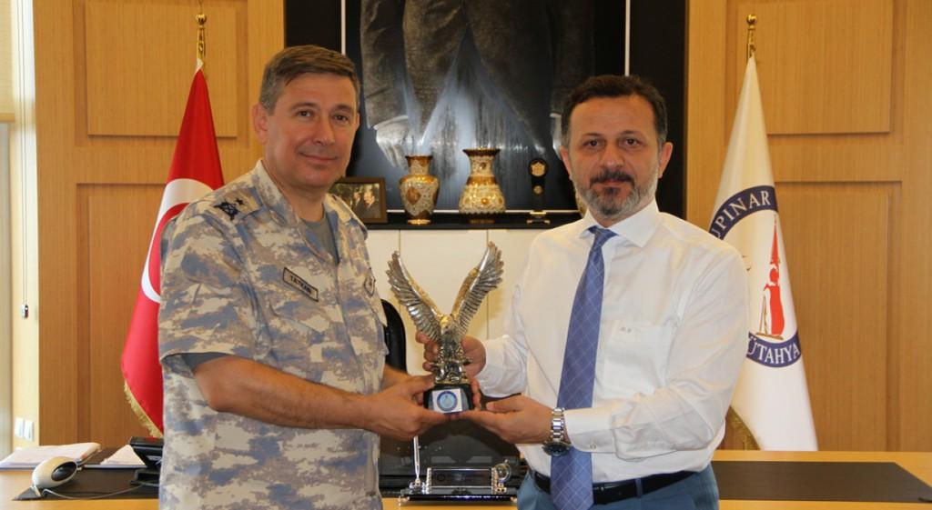 Tuğgeneral Tatkan'dan Rektörümüze Veda Ziyareti