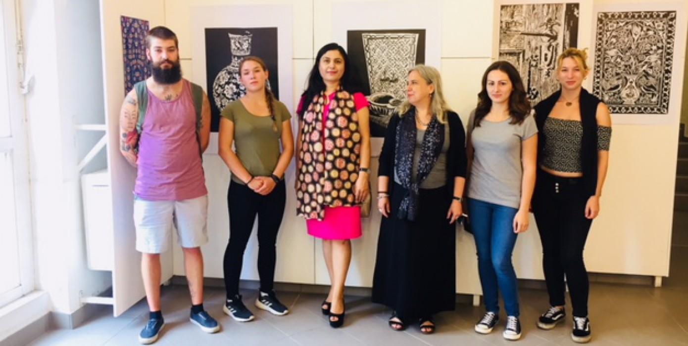Kütahya'dan Macaristan'a Türklerin Çini, Nakış ve İğne Oyalarının Sergisi