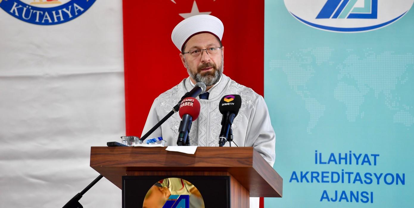 Diyanet İşleri Başkanı Prof. Dr. Ali Erbaş Tavşanlı'ya Geldi