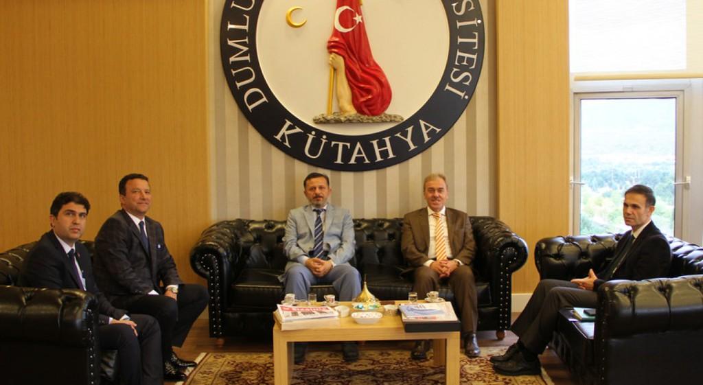 Prof. Dr. Vural Kavuncu'dan Rektörümüze Nezaket Ziyareti
