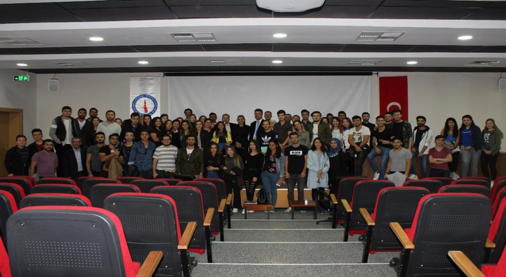 TTYO'da Osmanlı'da Saraylar ve Topkapı Sarayı Konferansı