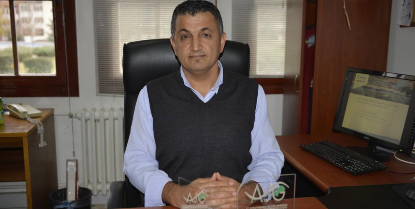 Prof. Dr. Zeynal Abiddin Ergüler'e Üç Ödül Birden