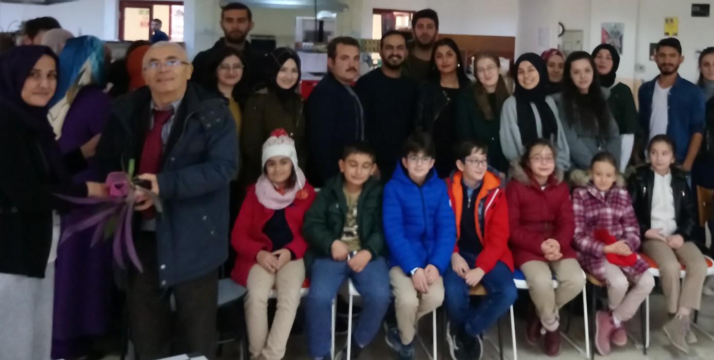 Dumlupınar Koleji Öğrencilerinden Öğretmen Adaylarına Öğretmenler Günü Sürpriz Ziyareti