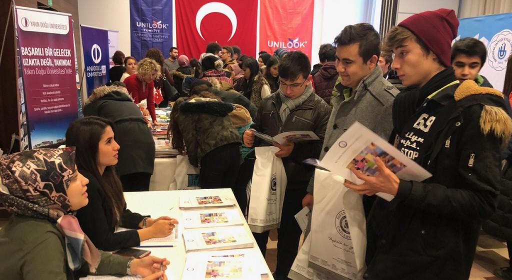 UNILOOK Türkiye/ Kütahya Üniversite Tanıtım ve Tercih Günleri Etkinliği Gerçekleşti.