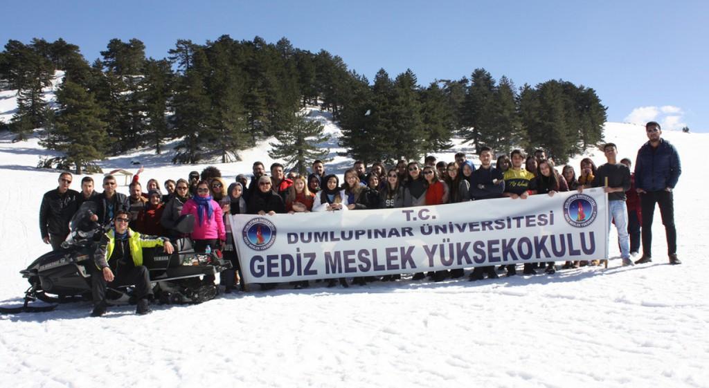 Gediz MYO'dan Murat Dağı'nda Kayak Etkinliği