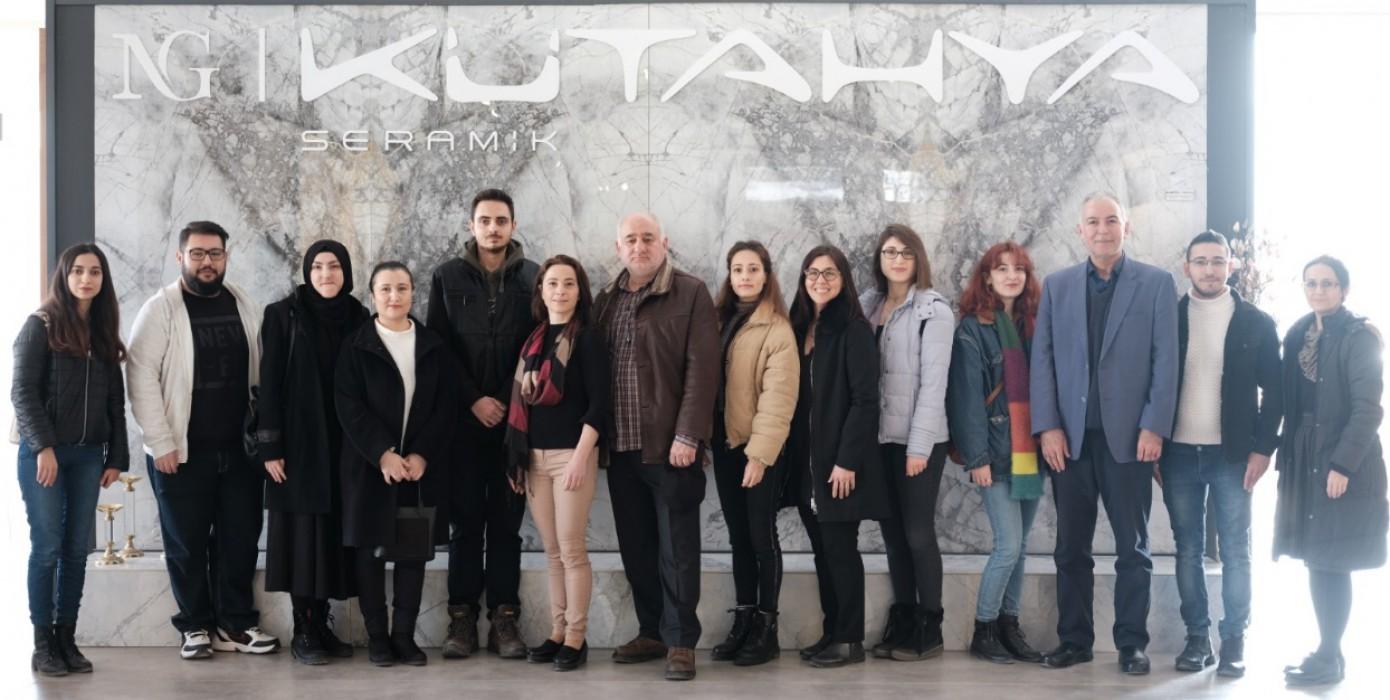 Görsel İletişim Tasarımı Bölümü ve Kütahya Porselen Arasında Gerçekleştirilen İşbirliği Tasarıma Dönüştü