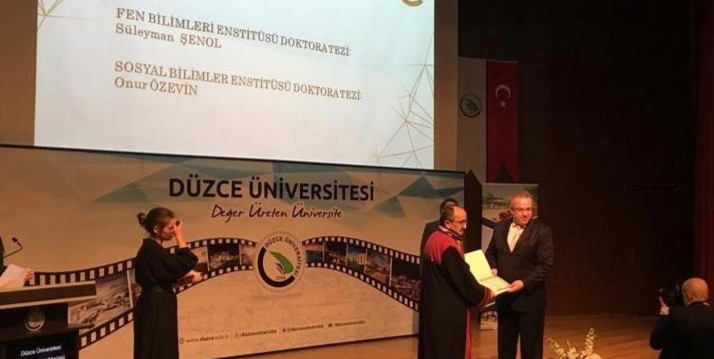 Düzce Üniversitesi 2019 Prof. Dr. Fuat Sezgin Yılı Tez Ödülü, Üniversitemiz Öğretim Üyesi Dr. Süleyman Şenol'un Oldu.