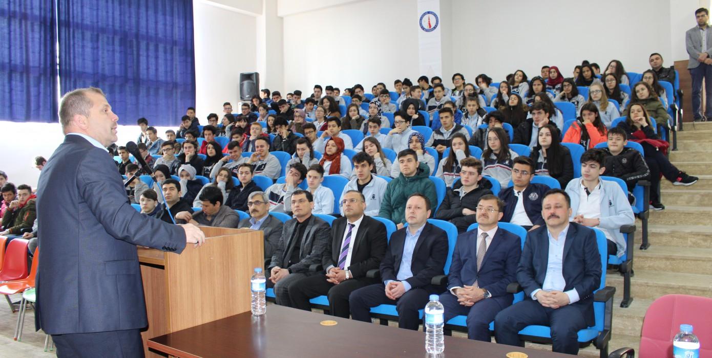"""""""Atatürk'ün Samsun'a Çıkışının 100. Yılı ve Milli Mücadele Ruhu"""" Konulu Konferans"""