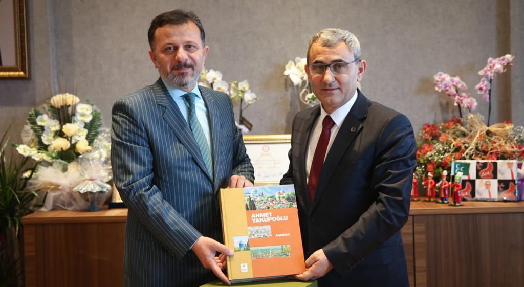 Rektörümüzden Kütahya Belediye Başkanı Işık'a Ziyaret
