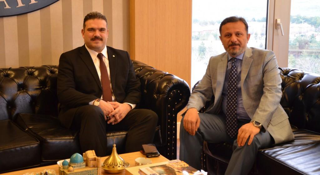 Prof. Dr. Şafak Ertan Çomaklı'dan Rektörümüze Ziyaret