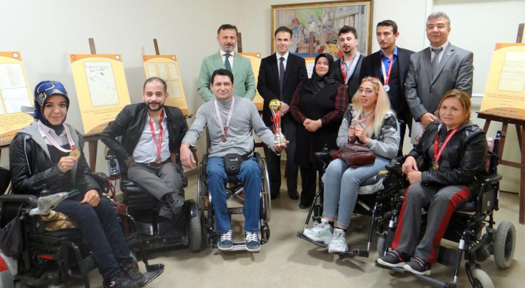 Kütahya'da Engelliler Haftası Kutlandı