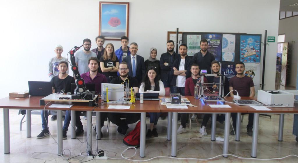 Elektrik Elektronik Mühendisliği'nde Dönem Sonu Projeleri Sergisi