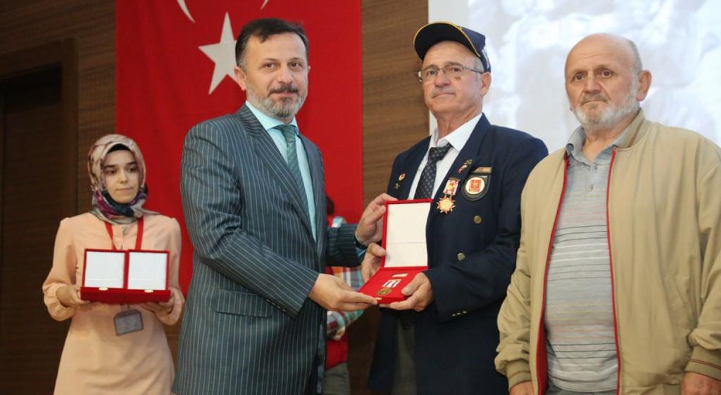 Rektörümüz, Milli Mücadele Madalyası ve Beratı Töreni'ne Katıldı