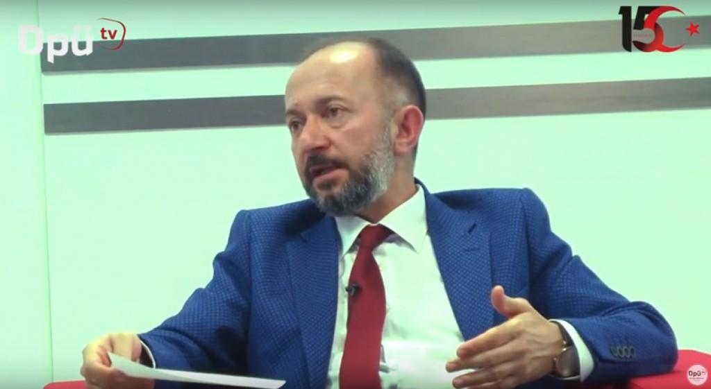Dr. Öğr. Üyesi Ümit Aktı'dan DPÜ TV'ye 15 Temmuz Röportajı