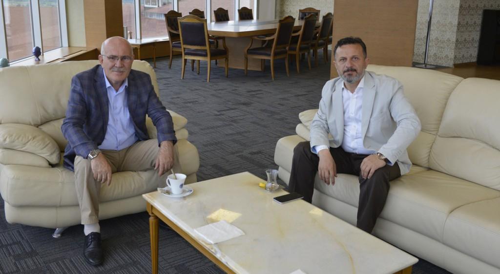 Uşak Üniversitesi Rektörü Savaş'tan DPÜ'ye Ziyaret